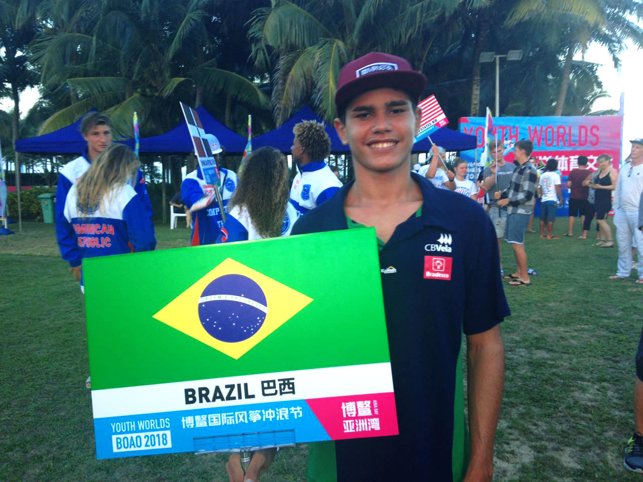Atleta de kite da Barra Grande participa do TT:R na China